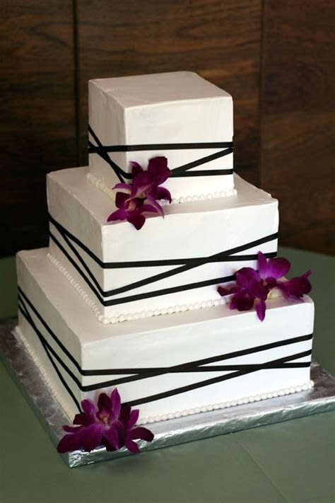 Square wedding cakes, Ribbons and Wedding cakes on Pinterest