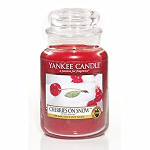 Yankee Candle 22 Oz Jar - Cherries on Snow