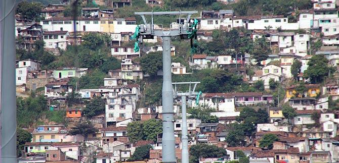 Construcción del MIO Cable llega a un 46%
