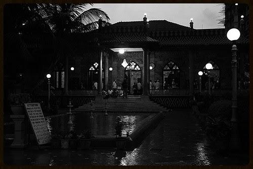Tujh Se Qaza Na Hogi Kabhi Phir Namaze Haq Tune Agar Hussain Ka Sajda Samajh Liya by firoze shakir photographerno1