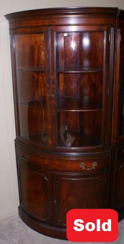 Antique Corner Cabinet | Mahogany Corner cabinet