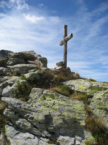 La croce sul Colle del Lupo