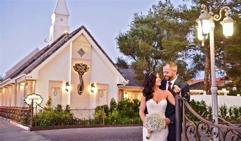 Perfect Weddings Abroad: Affordable and Elegant Vegas Weddings