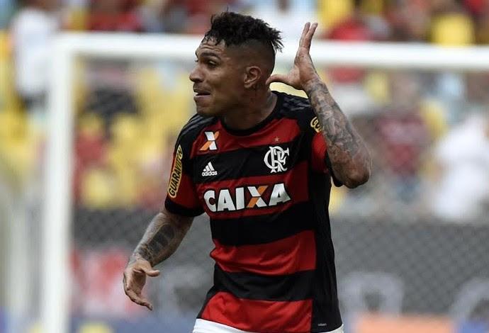 Guerrero em ação pelo Flamengo (Foto: André Durão)
