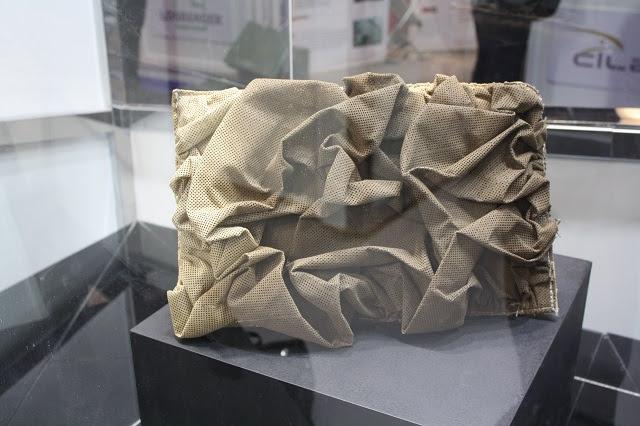 En la 10 ª Exposición Internacional de Fuerzas Especiales (SOFEX-2014) MBDA está mostrando su solución de sigilo para los vehículos llamados Multisorb. Se trata de un tejido sintético 3D-estructurado de peso ligero y durable hecho de una capa ventilada exterior aplicada sobre una malla conductora y luego montado sobre una base de espuma.