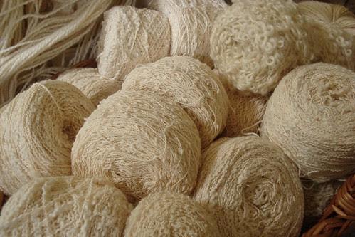 white yarn 1