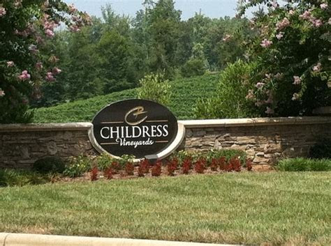 How Much Does A Wedding At Childress Vineyards Cost