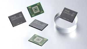 Samsung Building 128GB Flash Memory Chips For Next Year's Superphones