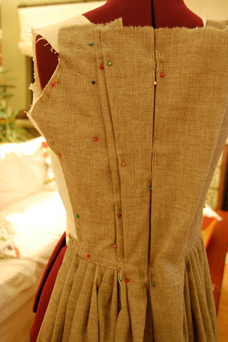 Making a robe a l'anglaise 14