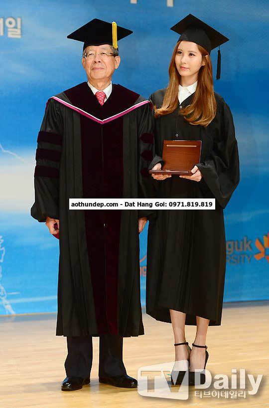 lễ phục tốt nghiệp đại học
