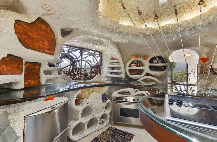 casa de los picapiedra en california (3)