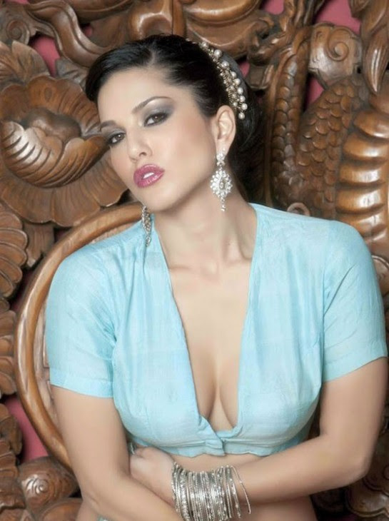Sunny-Leone-Bollywood-Indian-Popular-Actress-Model-New-Photo-Shoot-Images-