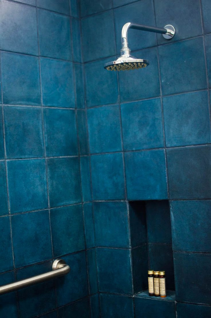54 dark bathroom tile ideas for the cool bathroom