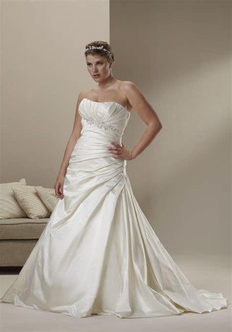 Sincerity Bridal   wedding dress for full figured brides