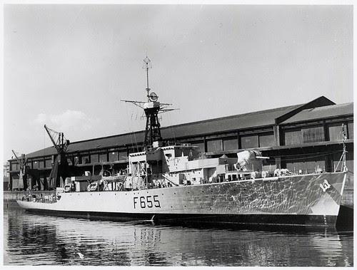HMS Loch Tralaig