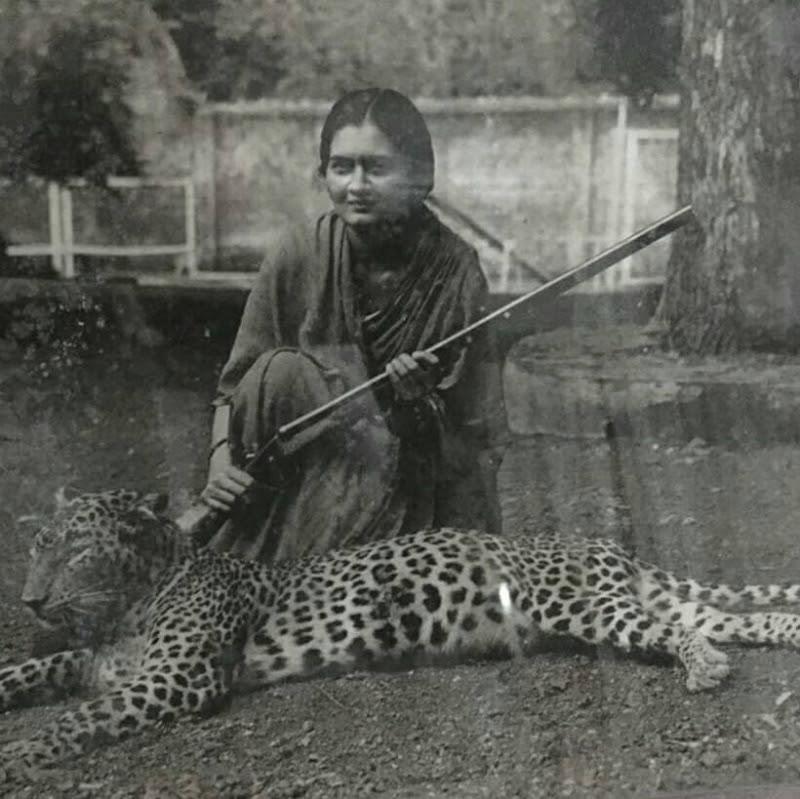 http://www.indianrajputs.com/i/t/i/thumb800_labhowa-Princess-Preeti-Jadeja-Wife-of-Devendra-Singh-Jhala-1.jpg