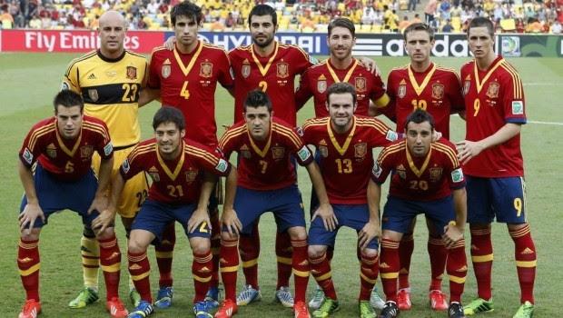 ¿Selección española robada por bailarinas de samba en Brasil?