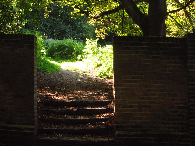 Entrance to Pitt's Garden, Sandy Heath