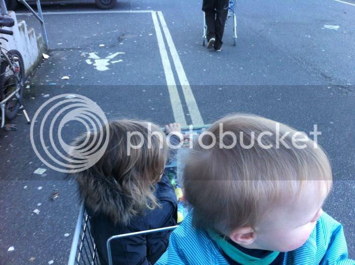 Zwuggel und Wutz im Einkaufswagen
