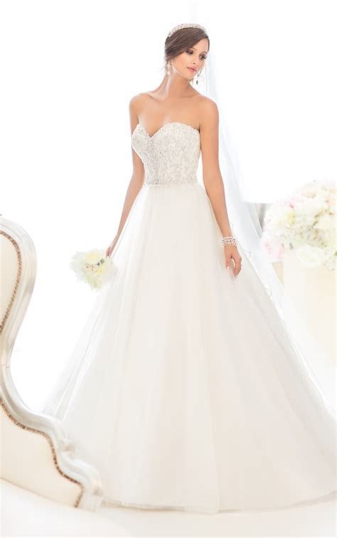 Famous Wedding Dress Designers List Wedding Dress Ideas