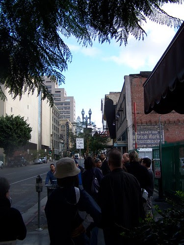 LACan polling place line