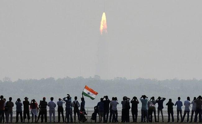 ISRO 104 Satellites launch - Onboard Camera Video