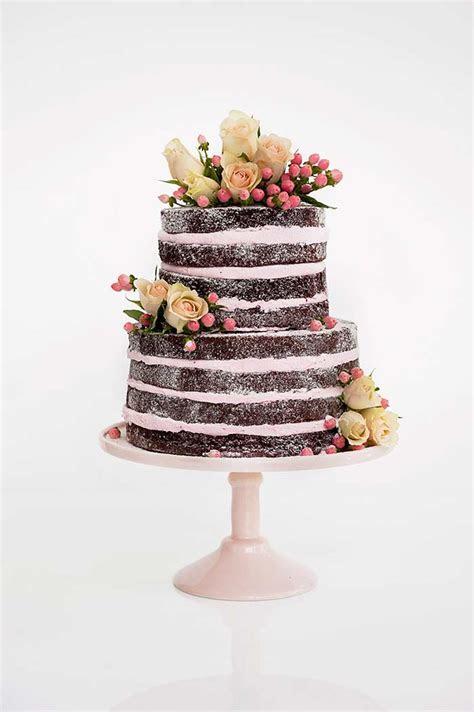 20 Pretty Wedding Cakes With Flowers   Modern Wedding