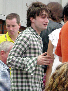 http://img2.timeinc.net/people/i/2010/news/100809/daniel-radcliffe-240.jpg