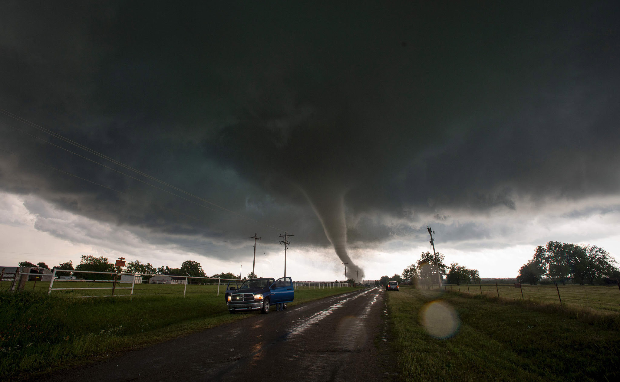 "Vehicles stop on the side of a road as a...Vehicles stop on the side of a road as a tornado rips through a residential area after touching down south of Wynnewood, Oklahoma on May 09, 2016.  The tornado touched down quickly and destroyed an unknown number of structures before a series of other twisters riddled the area. One person is confirmed dead. == RESTRICTED TO EDITORIAL USE  / MANDATORY CREDIT:  ""AFP PHOTO / HANDOUT / Josh EDELSON"" / NO MARKETING / NO ADVERTISING CAMPAIGNS /  DISTRIBUTED AS A SERVICE TO CLIENTS  / GETTY OUT =="