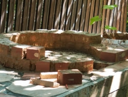 DIY Outdoor Kitchen and Pizza Oven - Bricks using refractory mortar