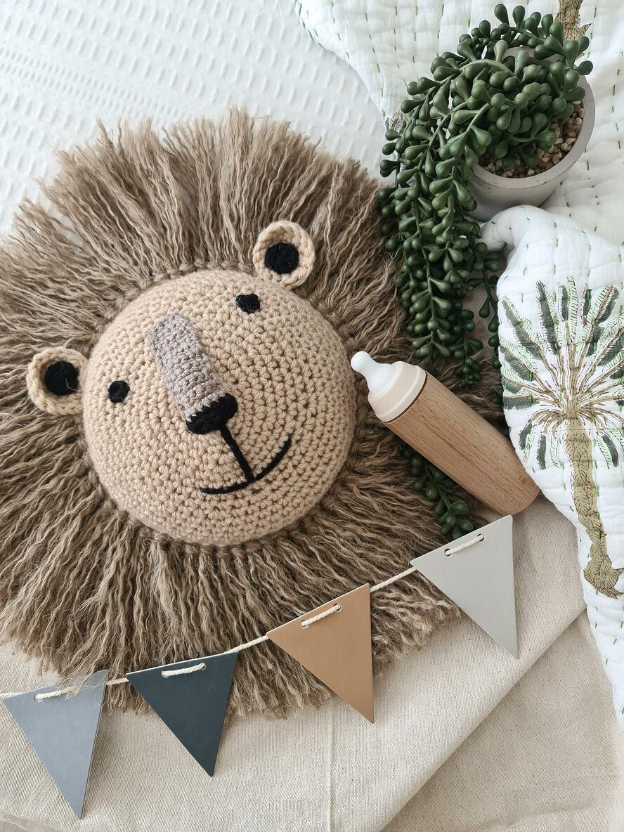 lion crochet animal head nursery