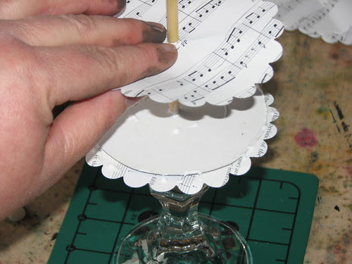 25 Days of Hand Crafted Gifts & Orn. - Vint Paper Christmas Tree 009