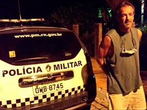 Victor Arden Bernard, de 53 anos, foi preso na praia da Pipa, no litoral Sul do RN (Foto: Daniel Costa/G1)