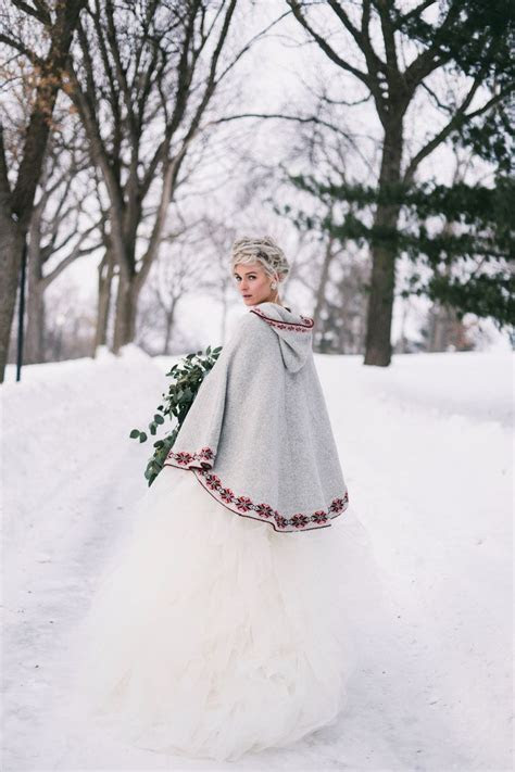 Best 25  Winter wedding cape ideas on Pinterest   Winter