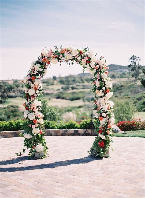 25  best ideas about Floral arch on Pinterest   Wedding