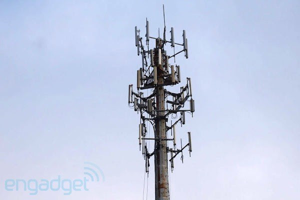 FCC seen reviewing rules for carrier spectrum sales, might try onesizefitsall model
