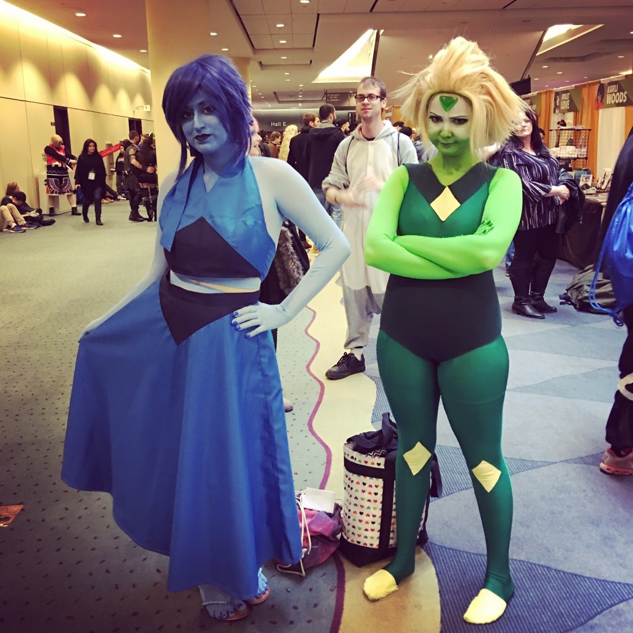 Lapis and Peridot! I really liked this Peridot's hair; she made it look natural instead of the sharp edges that most Peridot cosplayers do.