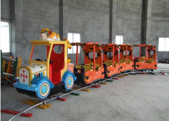 Compact Ride On Garden Train Sets , Kids Rideable Train ...