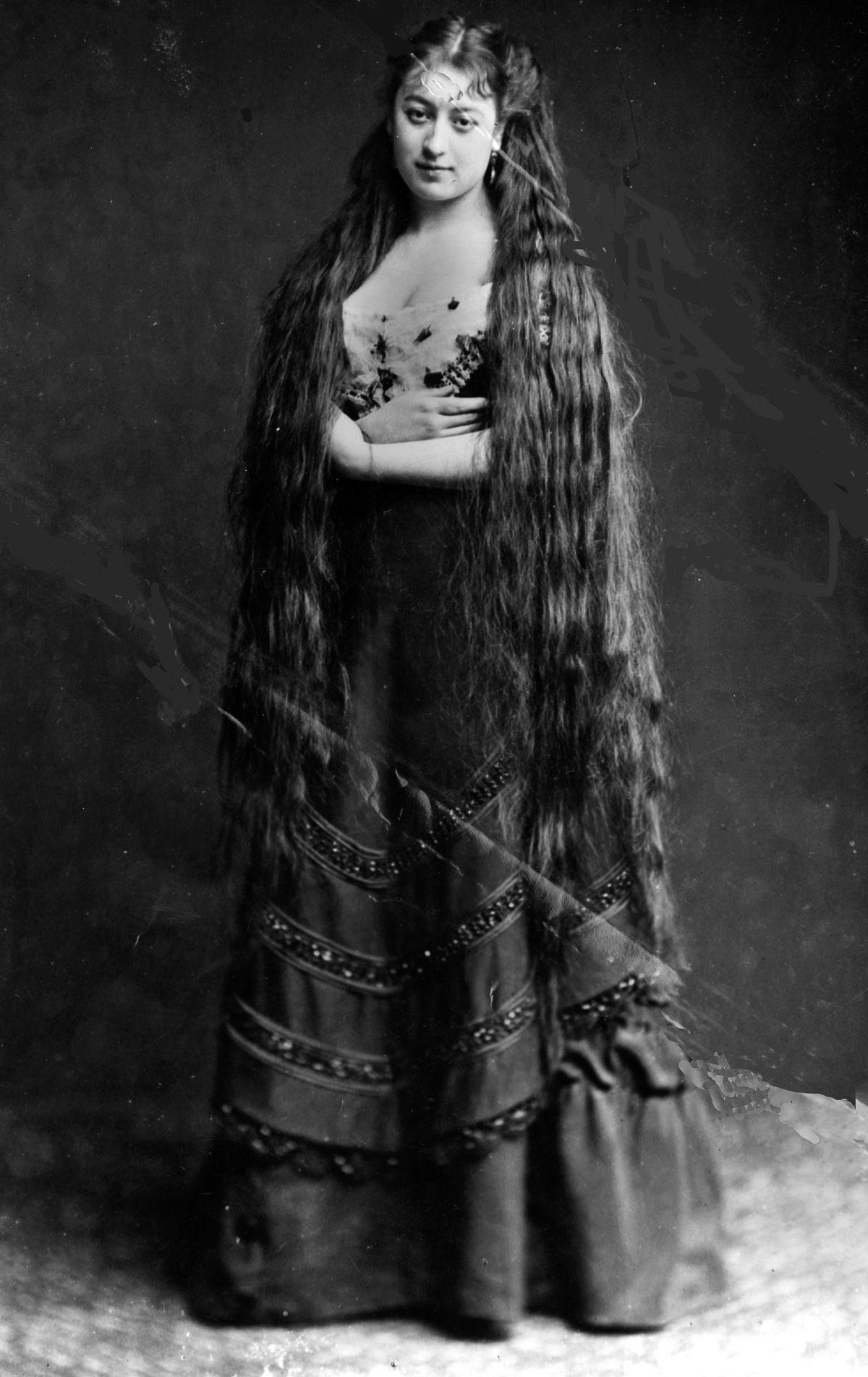 As mulheres vitorianas que nunca cortavam o cabelo 05