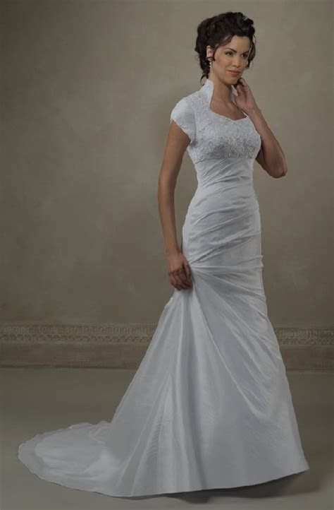 Best 25  Mormon wedding dresses ideas on Pinterest