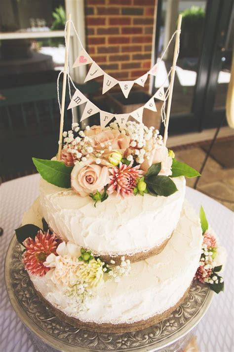 8 best Tropical Wedding Cakes with Fresh Flowers images on
