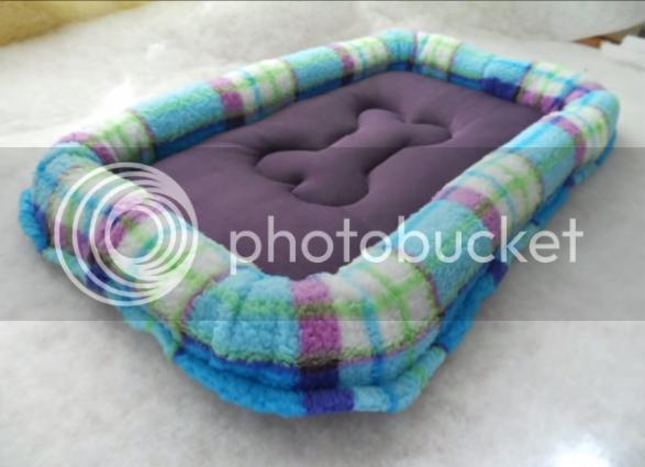 Manualidades en la web como hacer una cama para perro decorada con un huesito - Hacer camas para perros ...