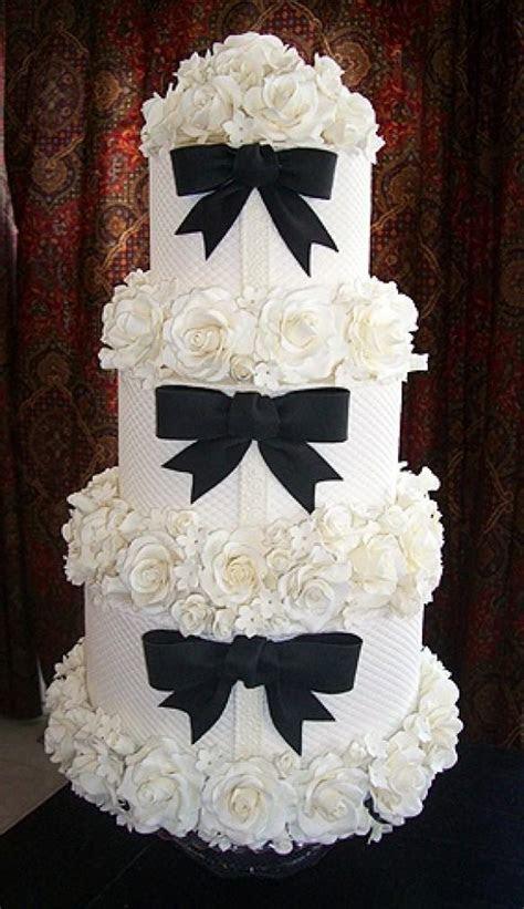 Fondant Wedding Cake ? Wedding Cake Design #825870   Weddbook