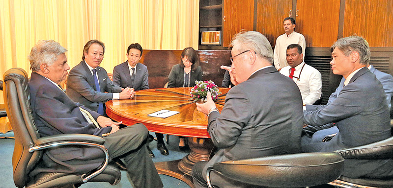 PM meets Hitachi CEO