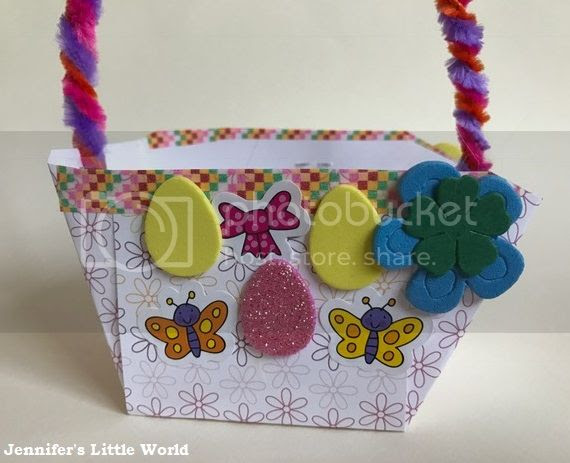 Paper basket decorated