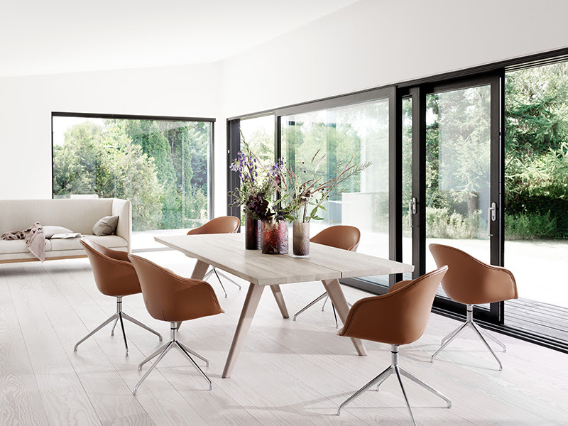» Modern Vancouver Dining Table by BoConcept
