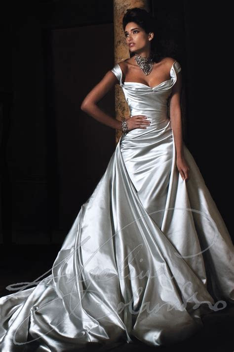 Best 25  Mature bride dresses ideas on Pinterest   Mature
