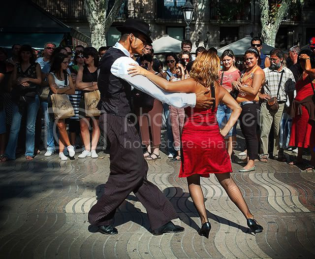 Tango Dancers, Ramblas, Barcelona, Spain [enlarge]