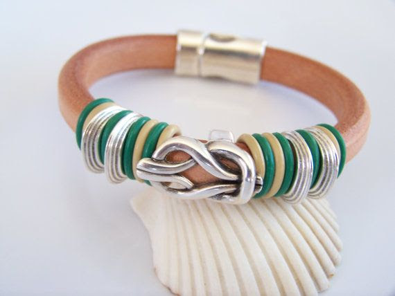 Celtic Knot Regaliz Natural Leather by Joannsfortheluvofit on Etsy, $30.00