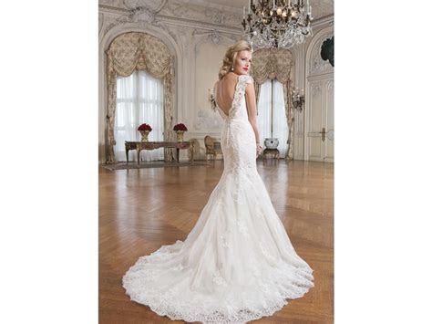 Justin Alexander 8758, $825 Size: 10   Sample Wedding Dresses